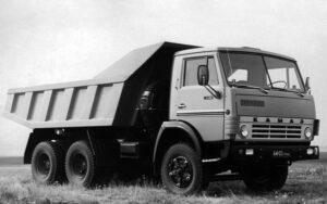 Камаз 5511 – габаритная транспортная техника с максимальной грузоподъемностью 10 тонн: технические характеристики